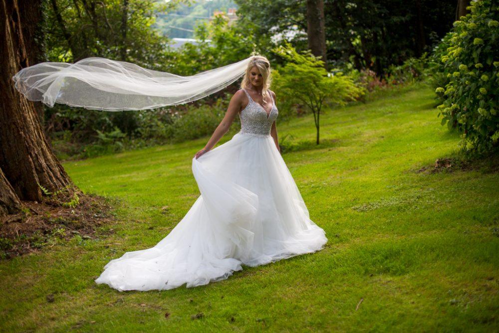 bride veil new house hotel