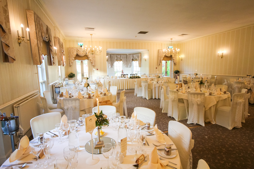 Decourceys manor wedding room