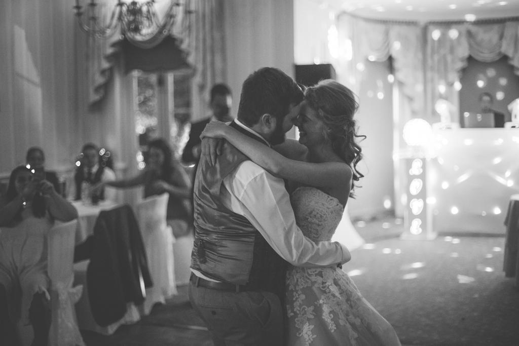 Decourceys Manor wedding photographer